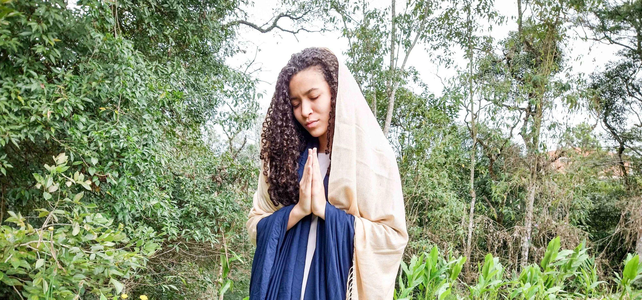 Hannah, mother of Samuel, depicted praying